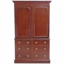 English Linen Press in Mahogany, circa 1850