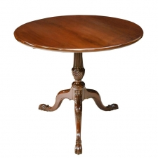 English George III Round Tilt-Top, Tripod Tea Table in Mahogany, circa 1780