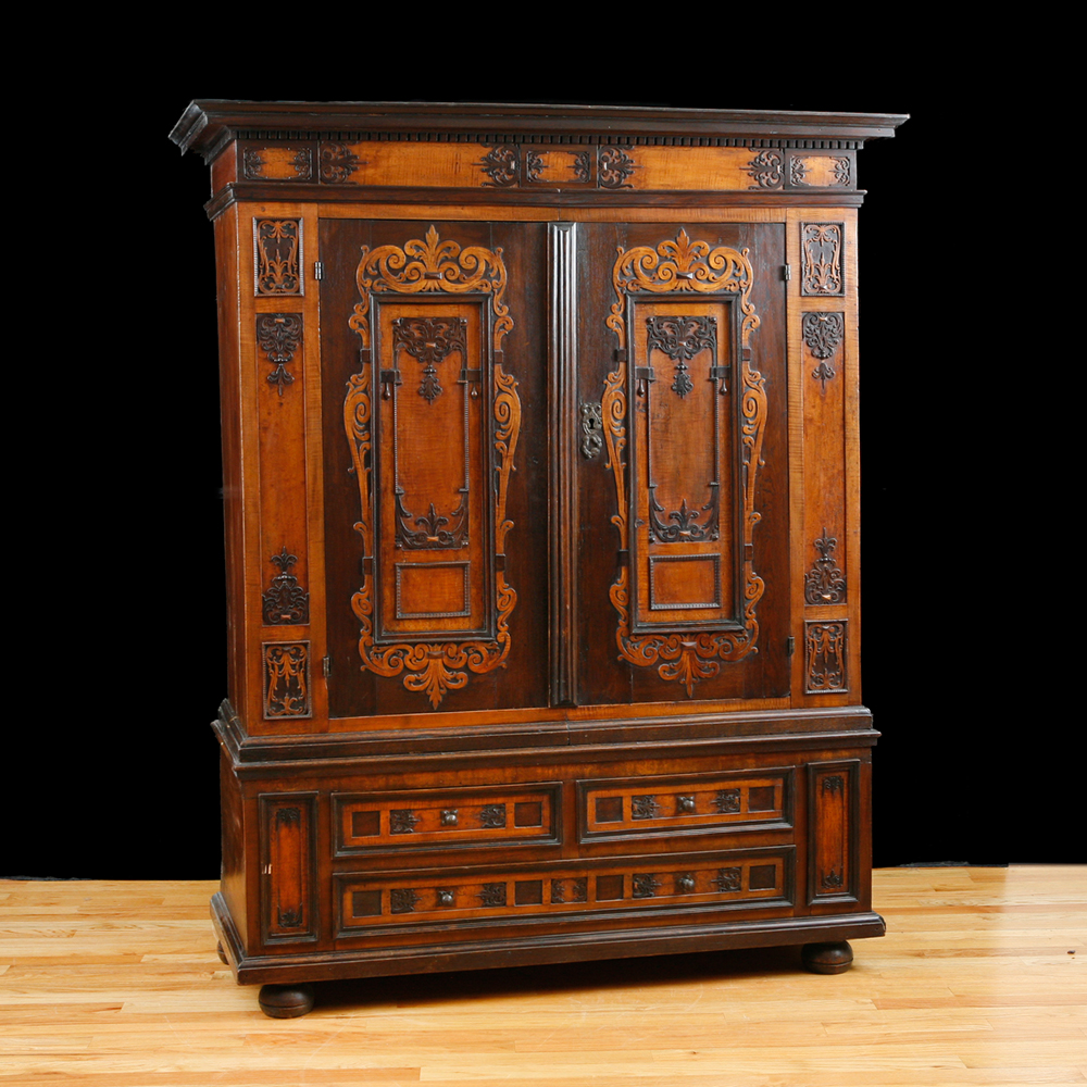17th Century German Renaissance Armoire - 17th Century German Renaissance Armoire - Bonnin Ashley Antiques