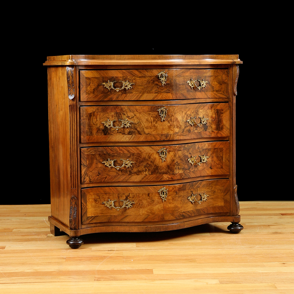 Antique Bombe Chest Of Drawers In Figured Walnut Bonnin