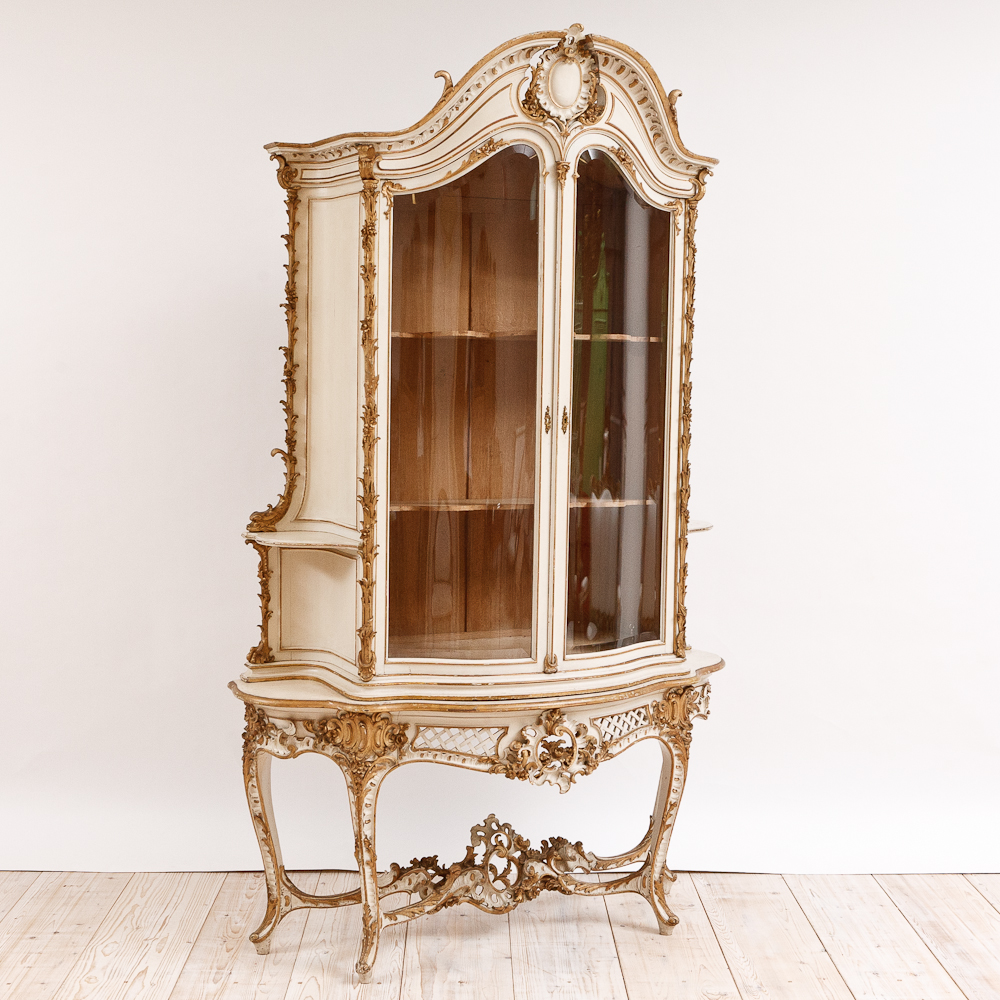 Antique italian rococo style bombe cupboard c 1870 for What is the other name for the rococo style