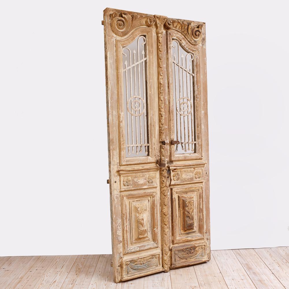 French Belle Epoque Wooden Doors in Original Paint, c. 1880 - French Antique Belle Epoque Wooden Doors In Original Paint, C