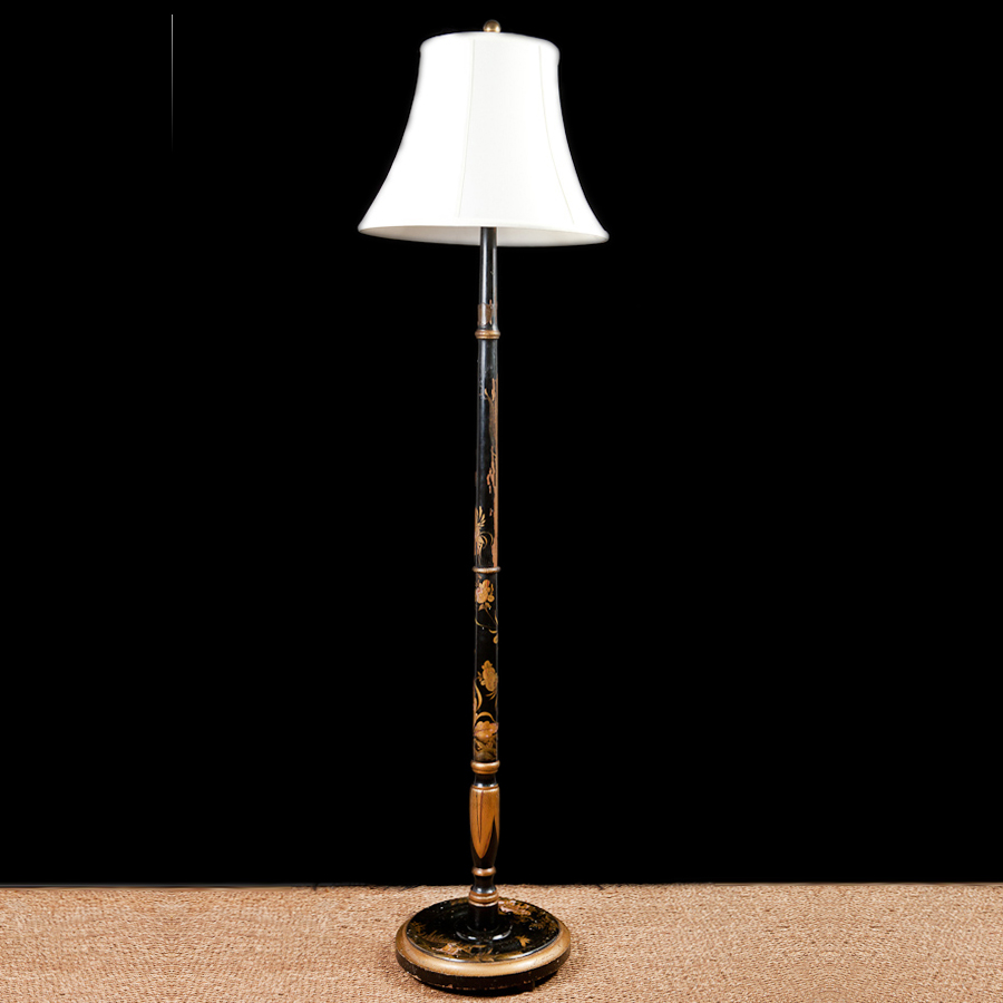 Awesome English Floor Lamp With Chinoiserie In Polychromed Wood