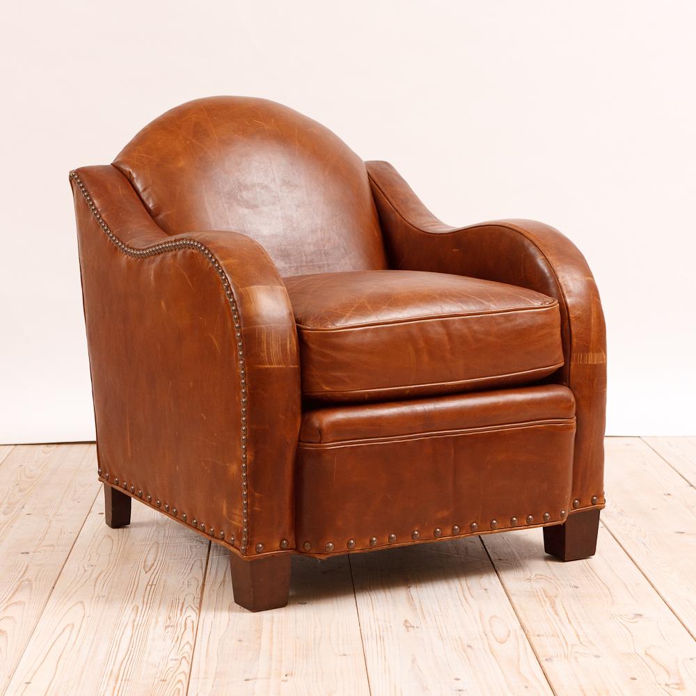 Leather Club Chair - Leather Club Chair - Bonnin Ashley Antiques, Miami, FL