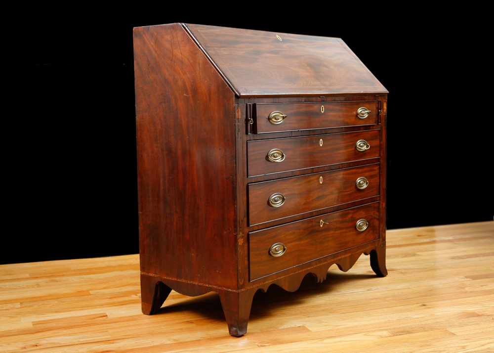English Hepplewhite Fall-Front Secretary in Mahogany - Antique English Hepplewhite Fall-Front Secretary In Mahogany, C