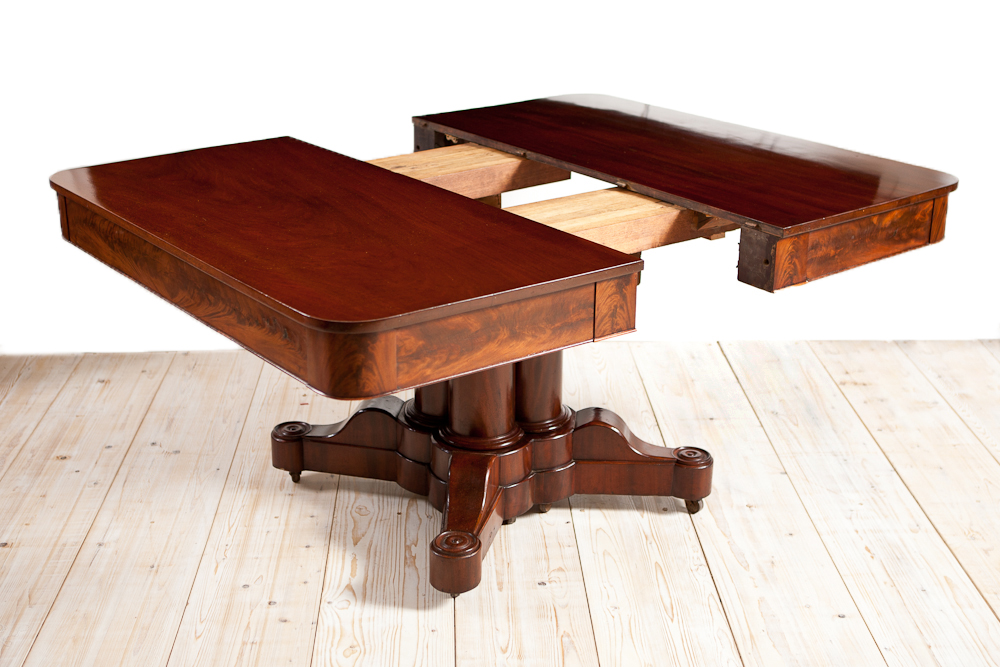 American Empire Dining Table In Mahogany With Extension Leaf Boston C 1830