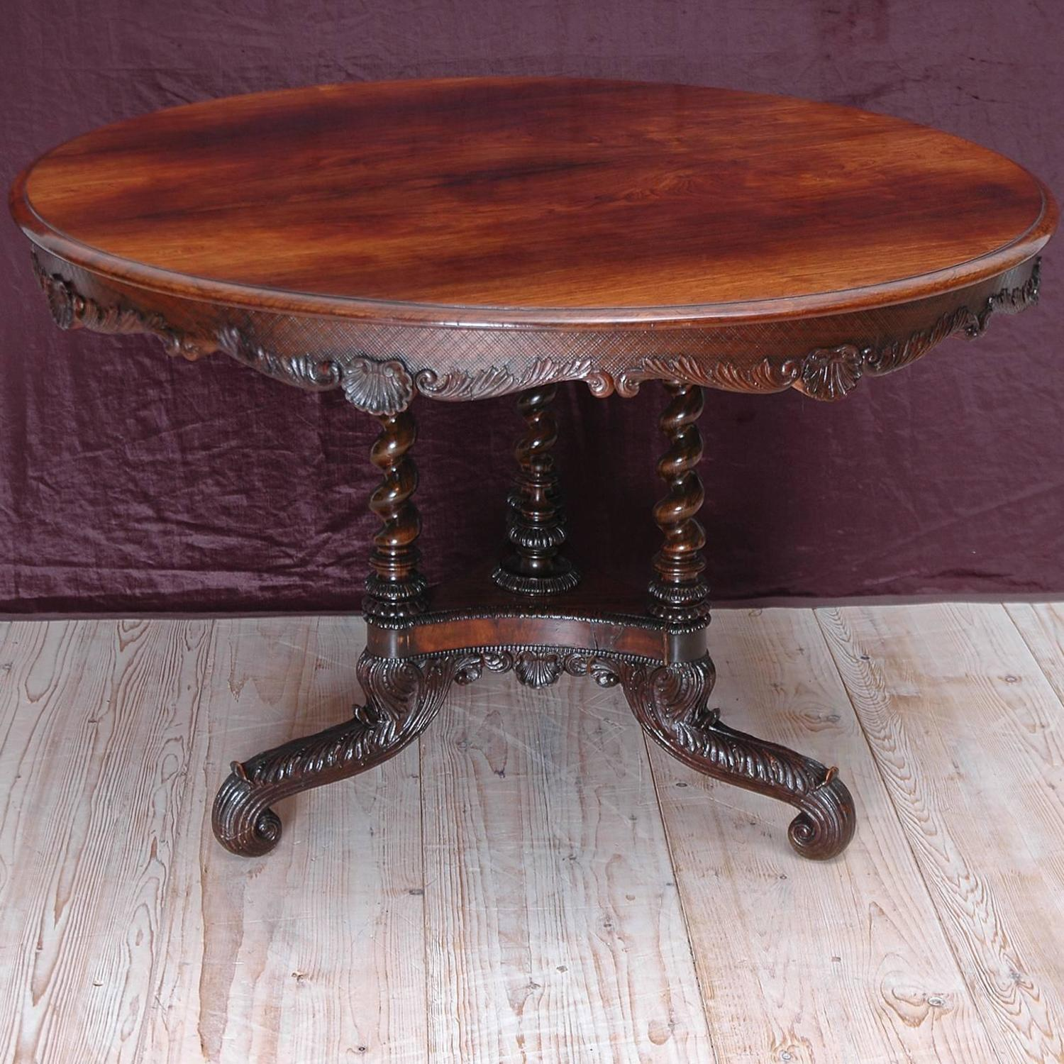 George iii round center table in rosewood with tripod base for Cuir center table basse