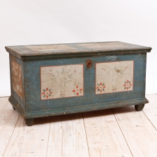 Antique Chest in Original Paint, Northern Europe, c. late 1700's