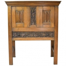 Arts & Crafts Bar Cabinet in Oak with Carved Panels, England, circa 1900