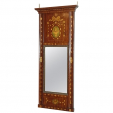 Regency Mirror in Mahogany with Marquetry, England, circa 1820