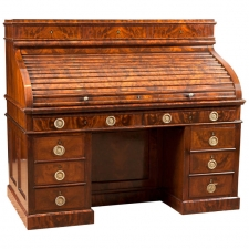 Napoleon III Pedestal Desk in Bookmatched West Indies Mahogany, circa 1860