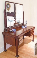 New York City Mahogany Belle Epoque Vanity or Dressing Table, circa 1890
