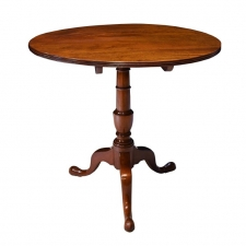 American Queen Ann-Style Round Tilt-Top, Tripod Tea Table, Pennsylvania, c. 1810